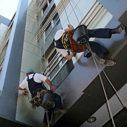 Facade-Cleaning-Commercial